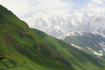 The stunning Caucasus region is a perfect destination for Russian tourist resorts