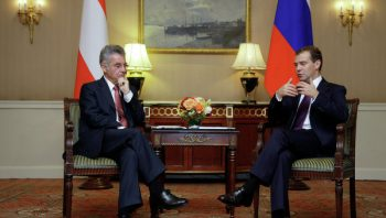 President Heinz Fischer of Austria and Dmitry Medvedev of Russia discuss visa rules