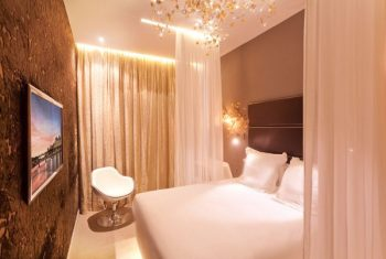 Legend Hotel Paris Offers Chic Economy & Location