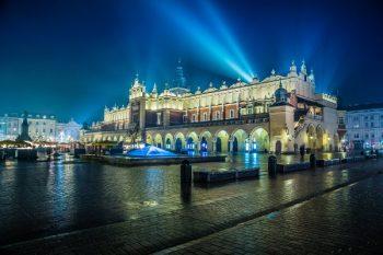 Market Square Krakow - Courtesy © Sergii Figurnyi - Fotolia.com