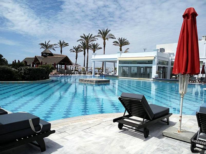 Radisson Blu Beach Resort Milatos Crete Opens In Greece