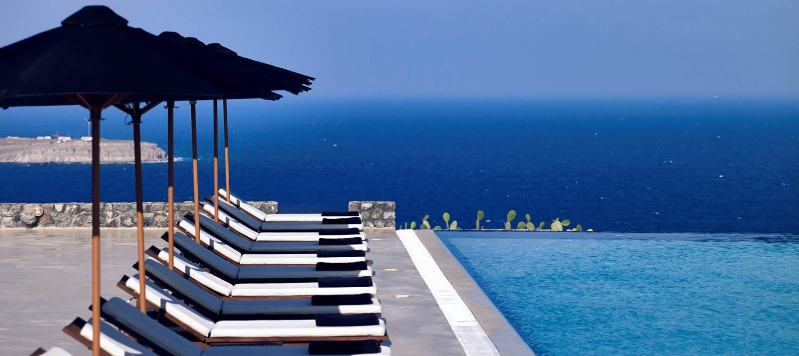 Santo Maris Oia Luxury Suites and Spa