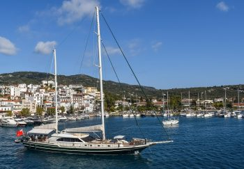 Is the iBlue Project Going to Sail for Yachting Tourism?