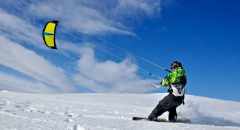 Snow-kiting Crete