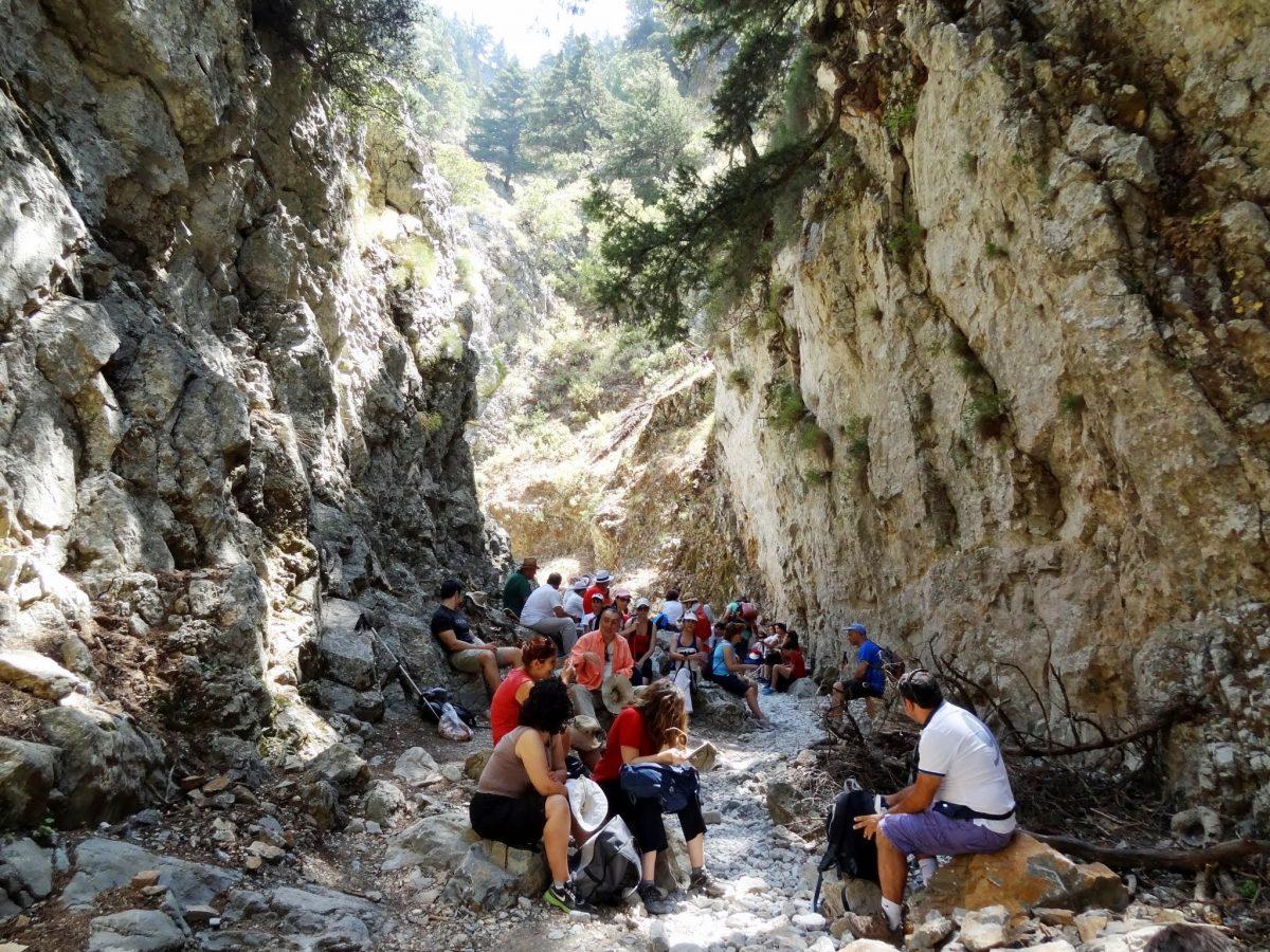 Hikers take a breather in Imbros Gorge - Cretan Beaches