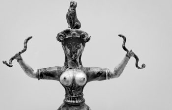 Snake Goddess - Heraklion Achaeological Museum