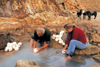 Making Limnos' traditional cheese