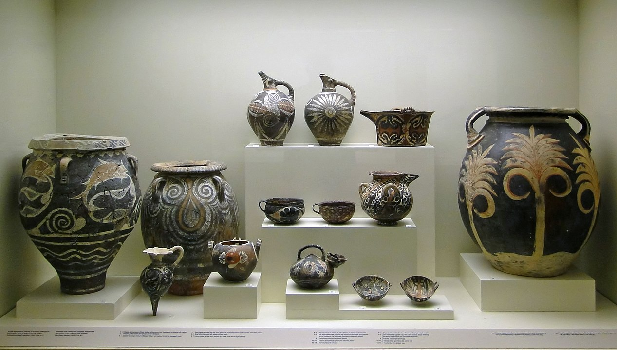 Kamares Ware pottery